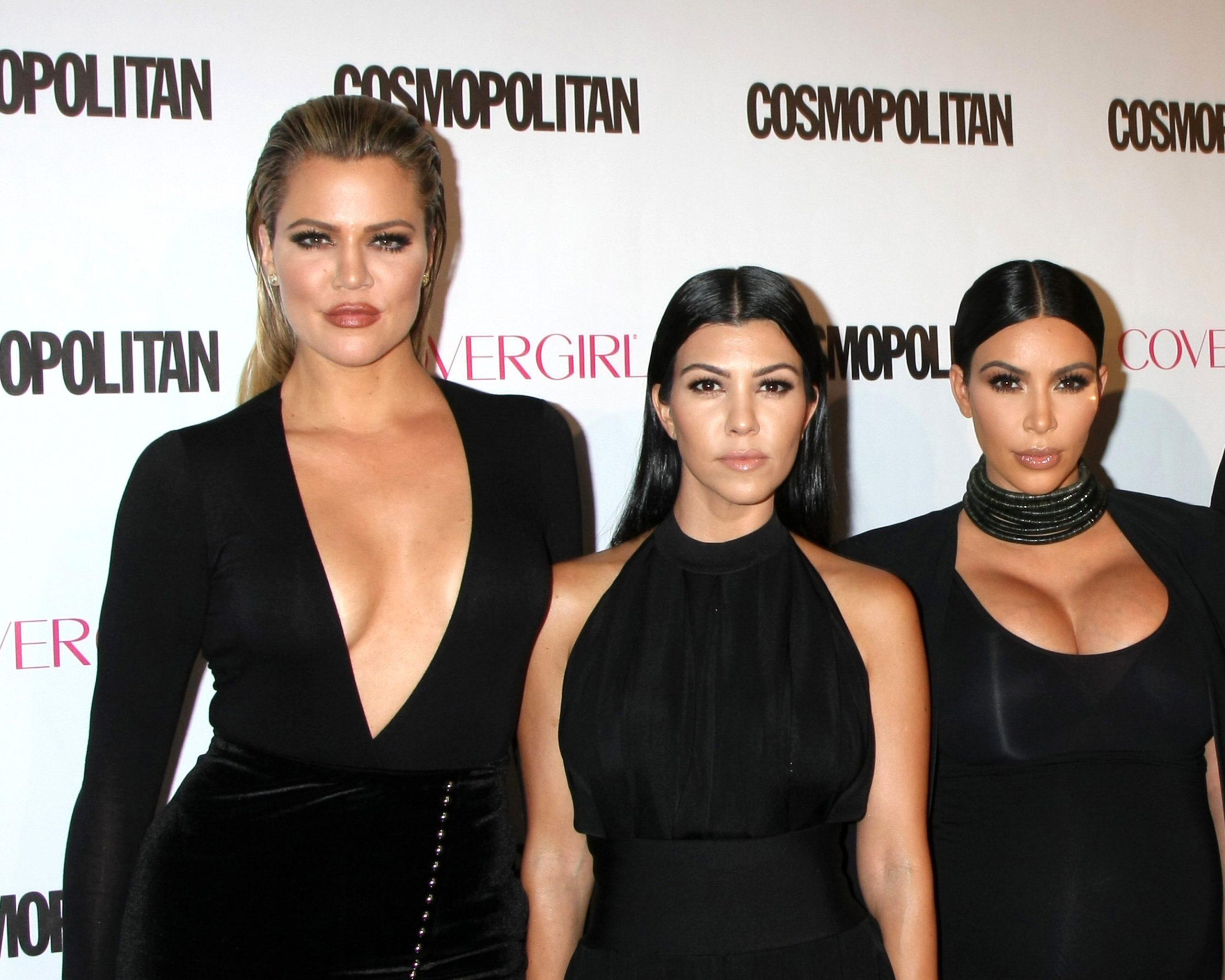 Los,Angeles,-,Oct,12:,Khloe,Karsahian,,Kourtney,Kardashian,,Kim